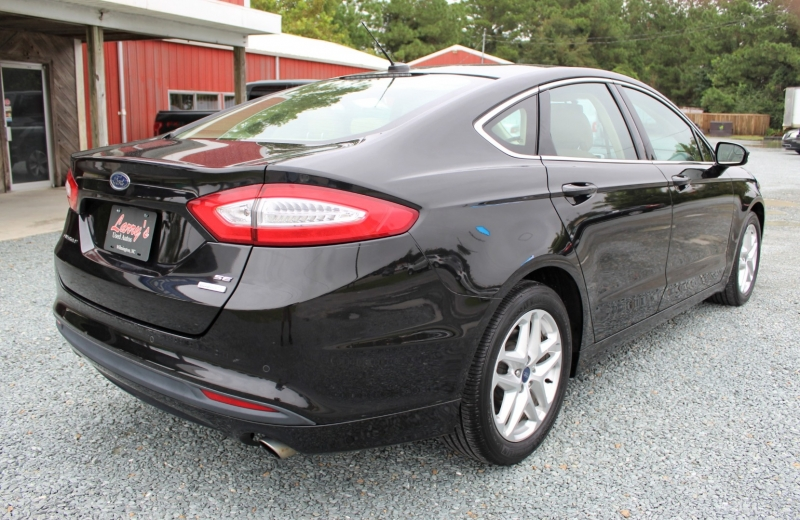 Ford Fusion 2013 price $9,800