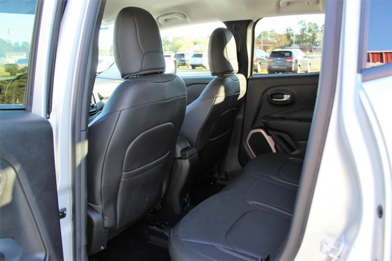 Jeep Renegade 2015 price $12,900