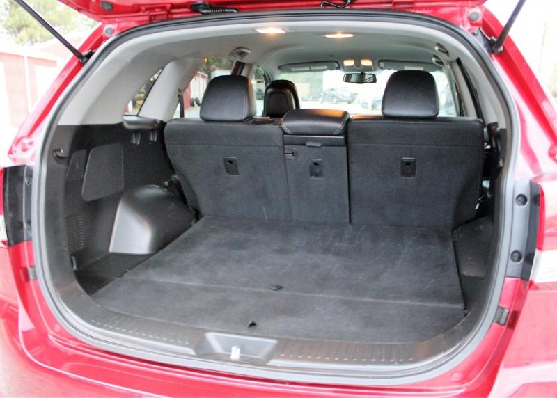 Kia Sorento 2015 price $11,900