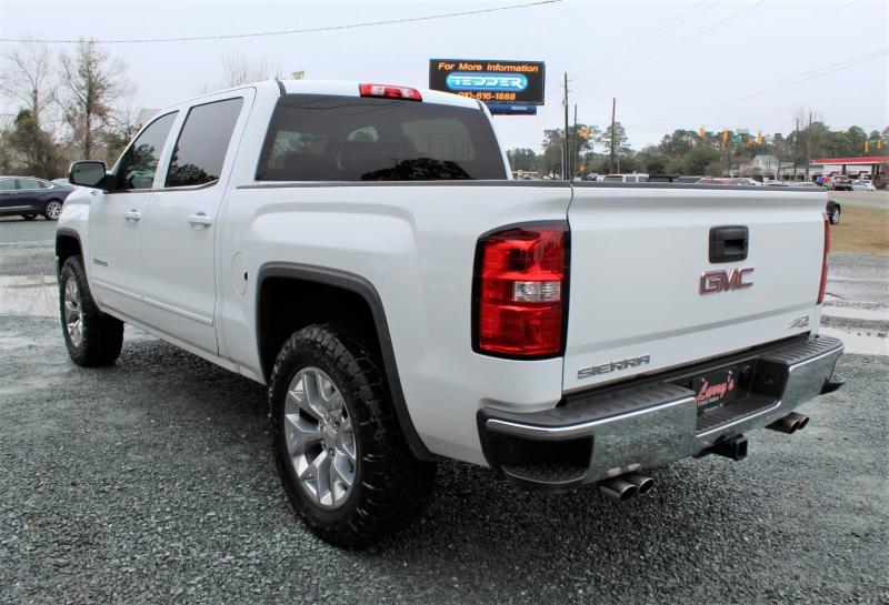 GMC Sierra 1500 2015 price $23,900