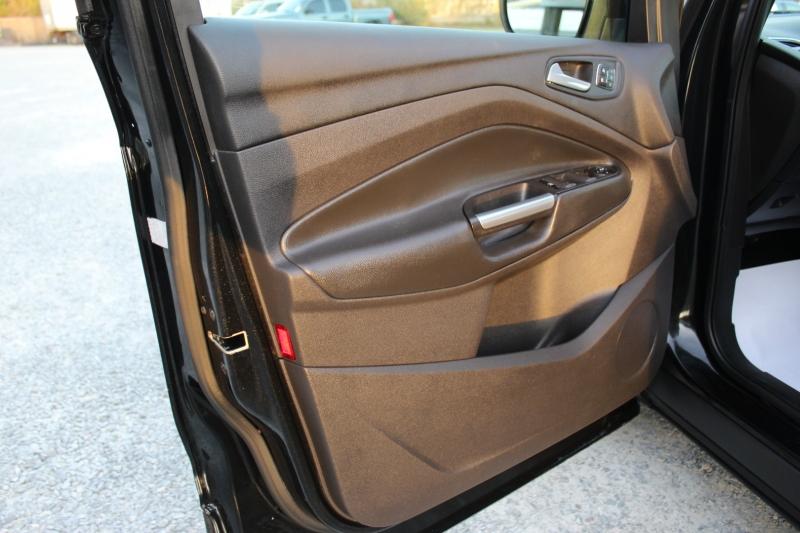 Ford Escape 2013 price $11,995