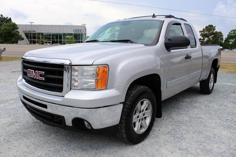 GMC Sierra 1500 2010 price $18,995