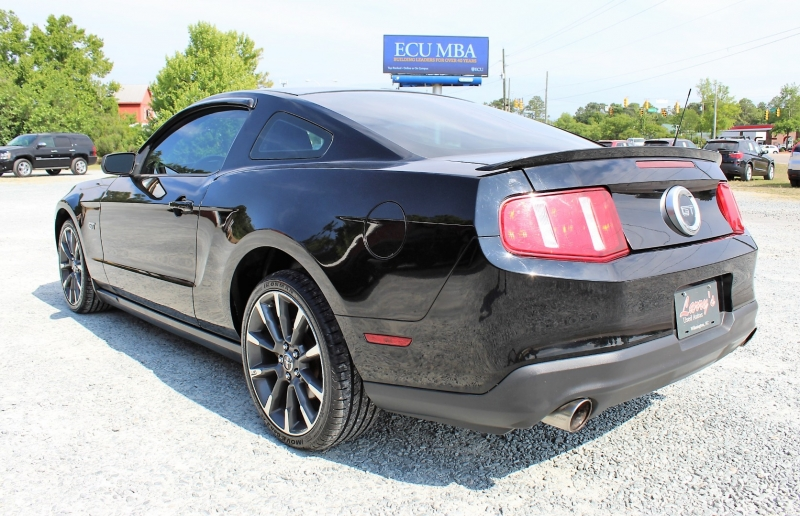 Ford Mustang 2010 price $15,500