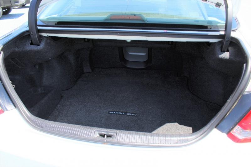 Toyota Avalon 2007 price $6,900