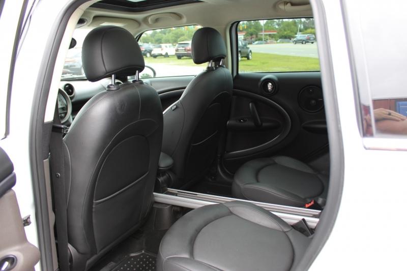Mini Cooper Countryman 2011 price $9,950