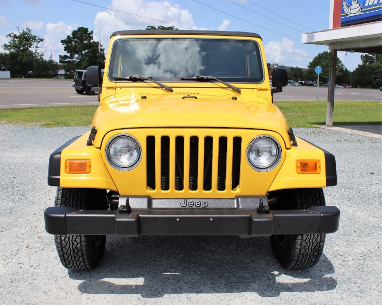 Jeep Wrangler 2004 price $15,300