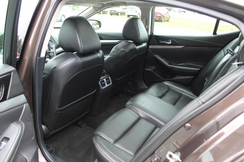 Nissan Maxima 2016 price $17,400