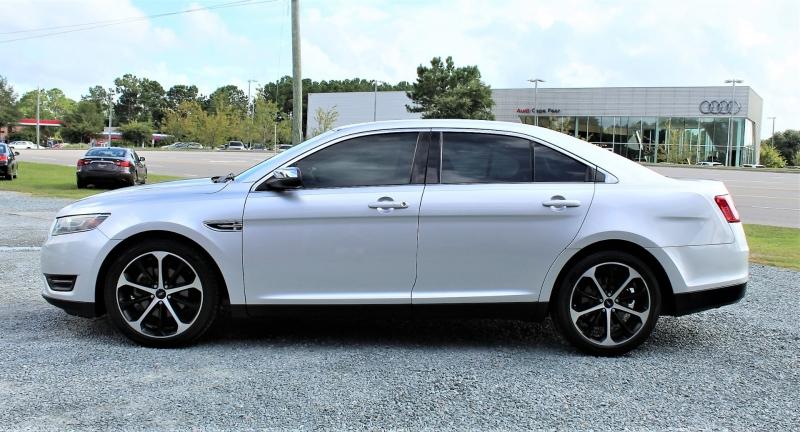 Ford Taurus 2015 price $16,300