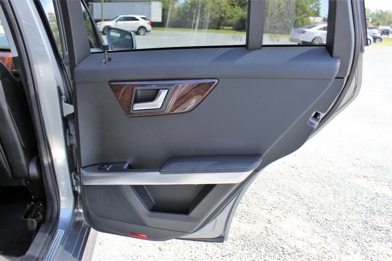 Mercedes-Benz GLK-Class 2013 price $15,900
