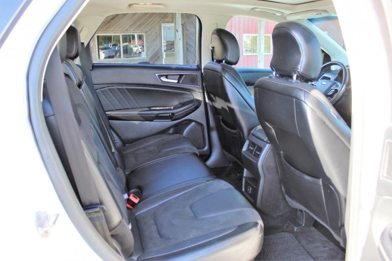 Ford Edge 2015 price $23,150