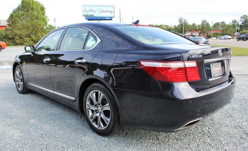 Lexus LS 460 2009 price $13,400