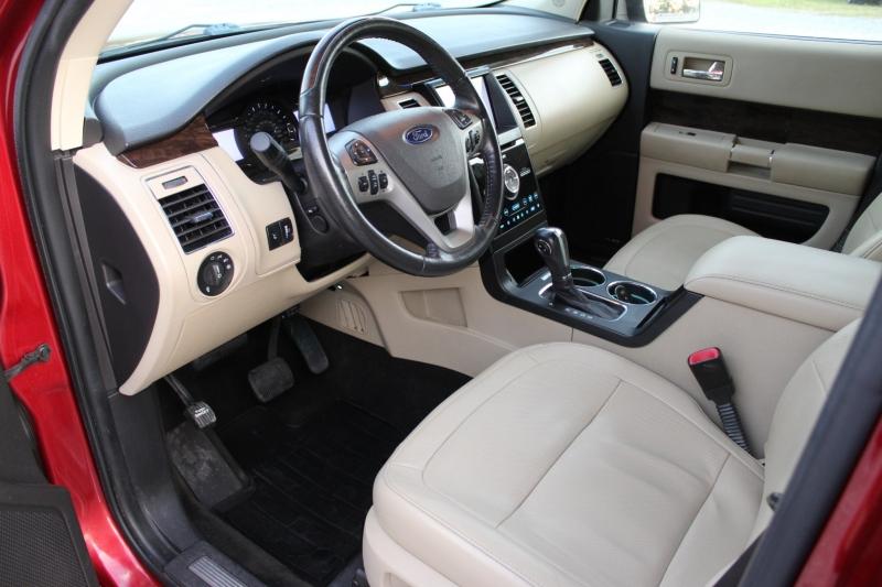 Ford Flex 2013 price $14,995