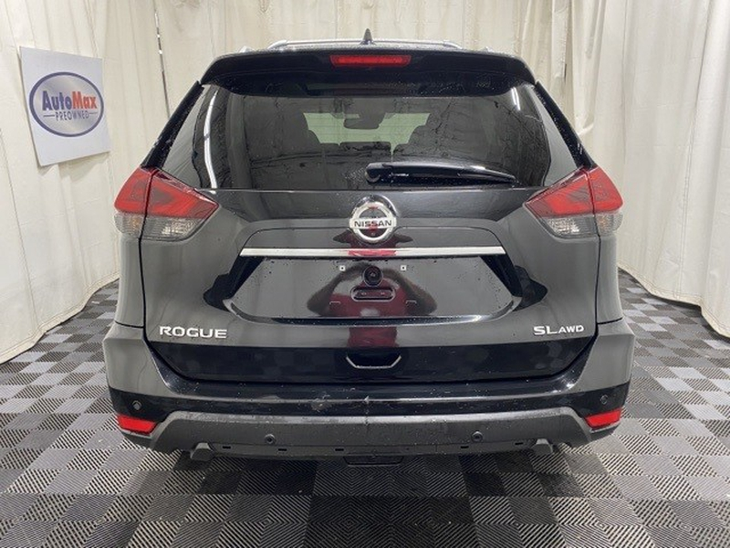 Nissan Rogue 2020 price Call for Pricing.