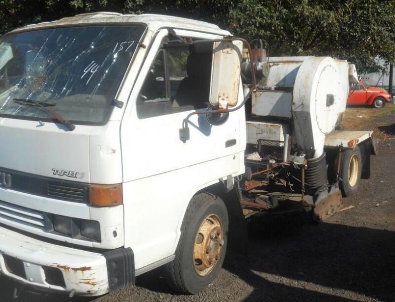 Isuzu Sweeper 1993 price $695