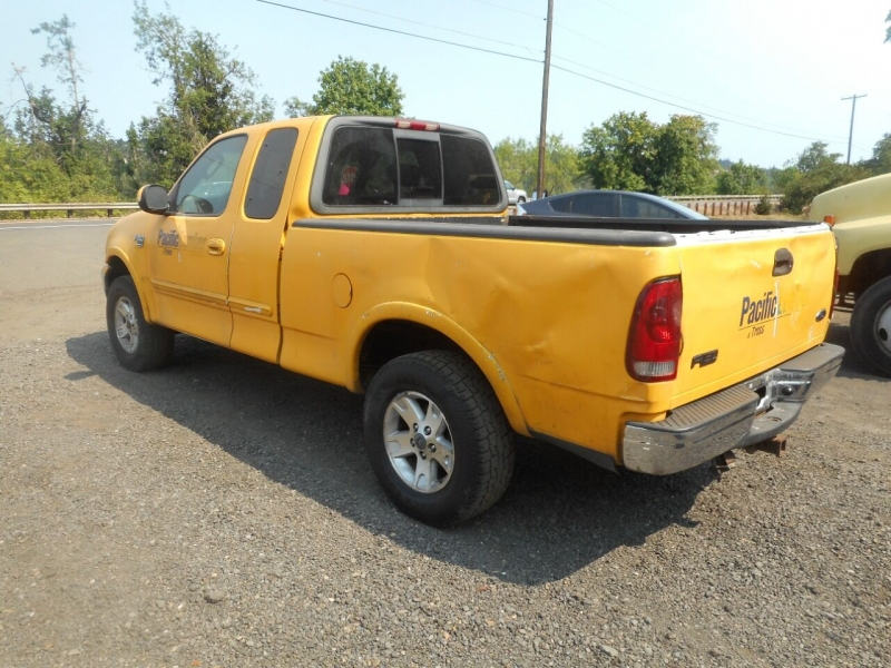 Ford F-150 2003 price $2,450