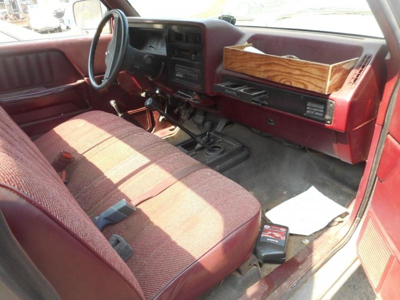 Dodge Dakota 1989 price $950