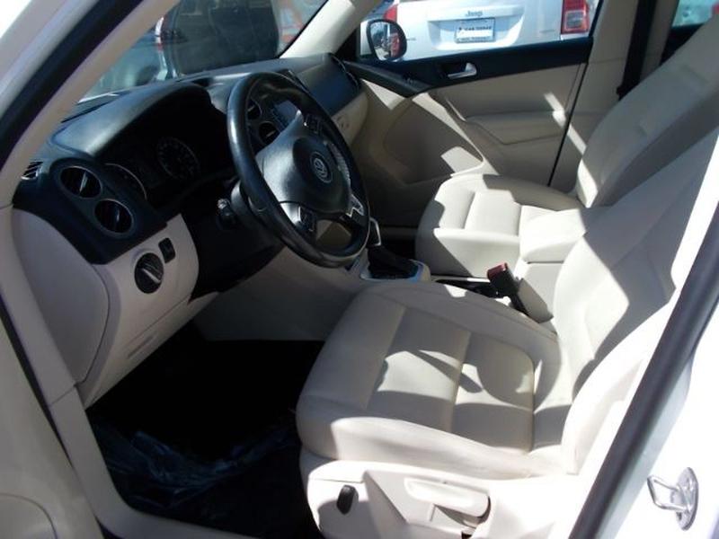 Volkswagen Tiguan 2012 price $0