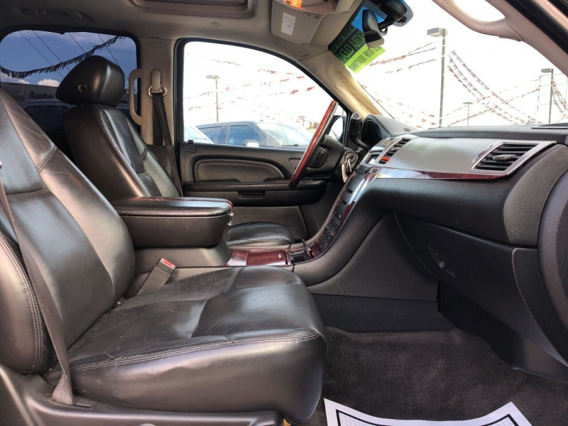 Cadillac Escalade 2007 price $13,495