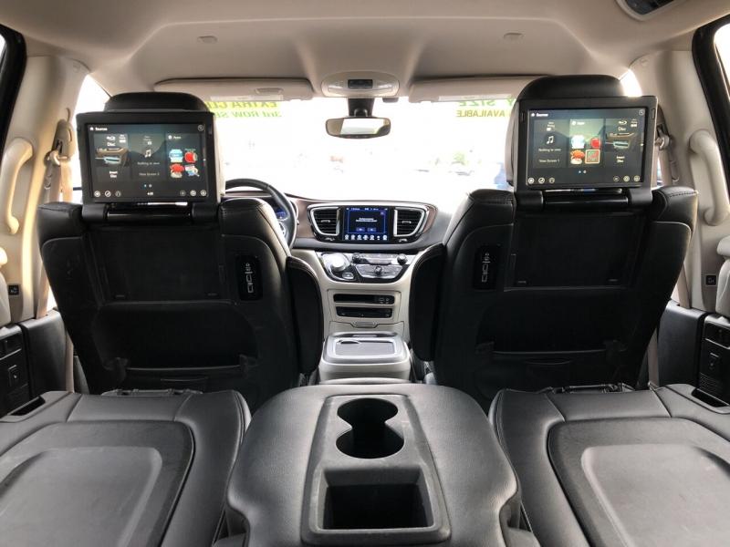 Chrysler Pacifica 2017 price $0