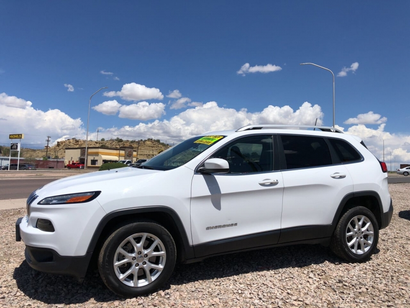 Jeep Cherokee 2018 price $19,495