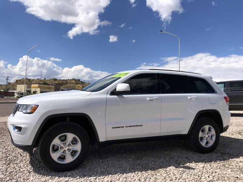 Jeep Grand Cherokee 2017 price $25,995