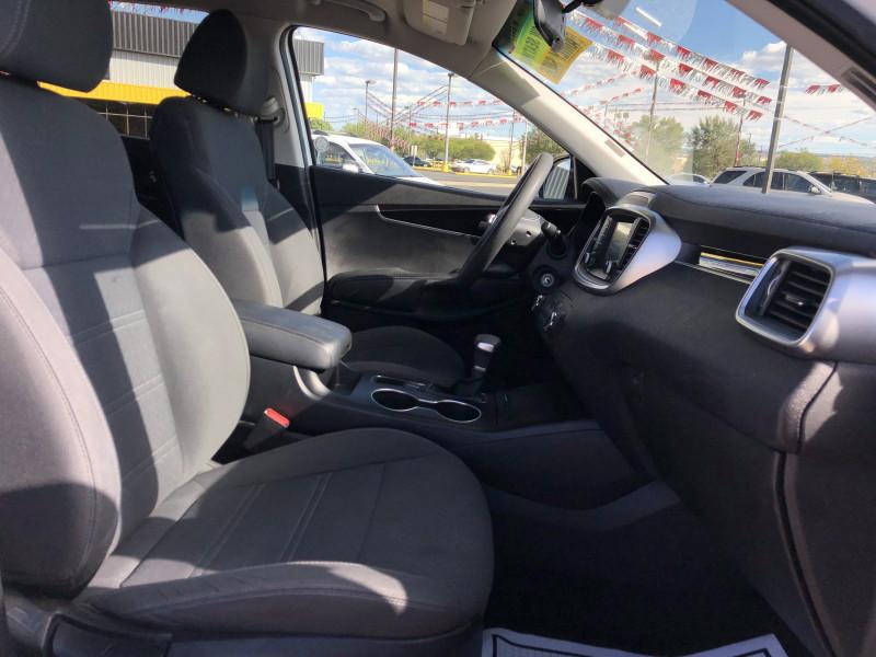 Kia Sorento 2020 price $25,995