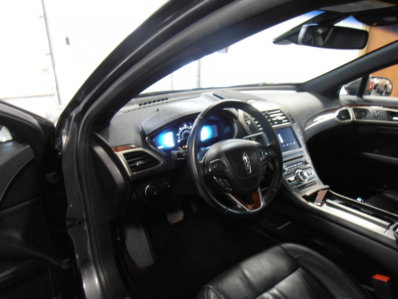 Lincoln MKZ 2017 price $18,798