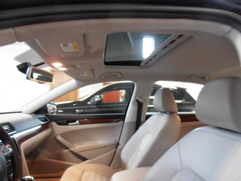 Volkswagen Passat 2012 price $10,798
