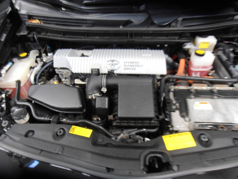 Toyota Prius 2010 price $7,798
