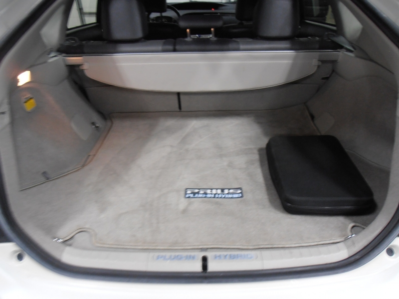 Toyota Prius 2012 price $8,598