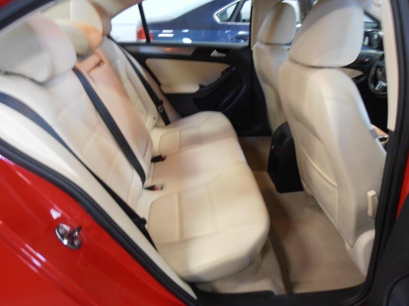 Volkswagen Jetta 2014 price $9,998