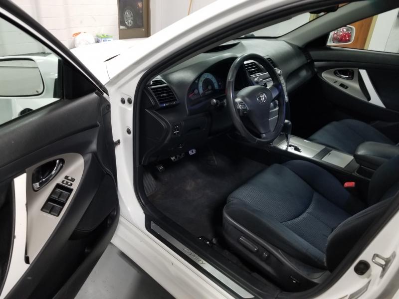 Toyota Camry 2010 price $7,998