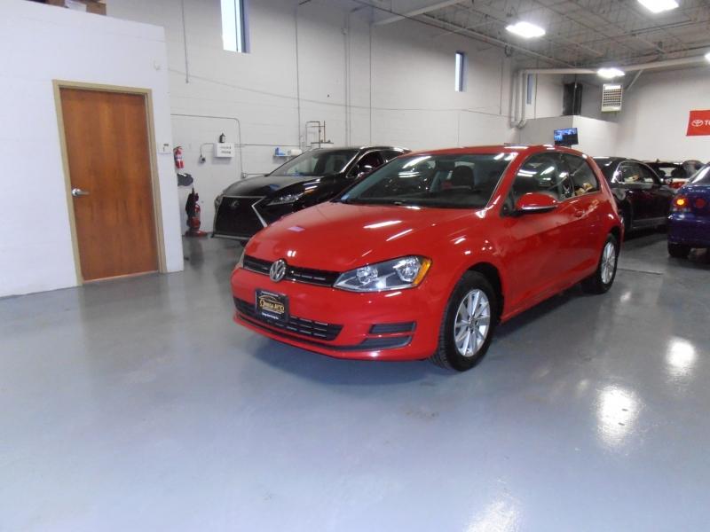 Volkswagen Golf 2015 price $10,998