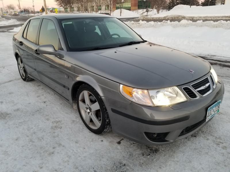 Saab 9-5 2004 price $3,998
