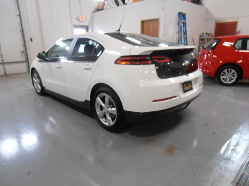 Chevrolet Volt 2012 price $10,398