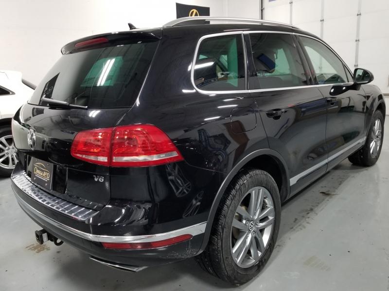 Volkswagen Touareg 2015 price $18,998