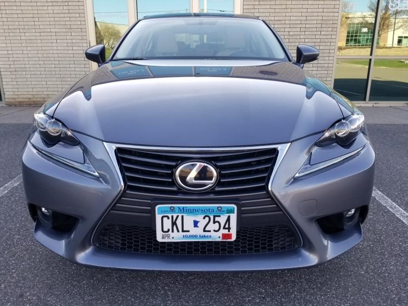 Lexus IS 200t 2016 price $20,998