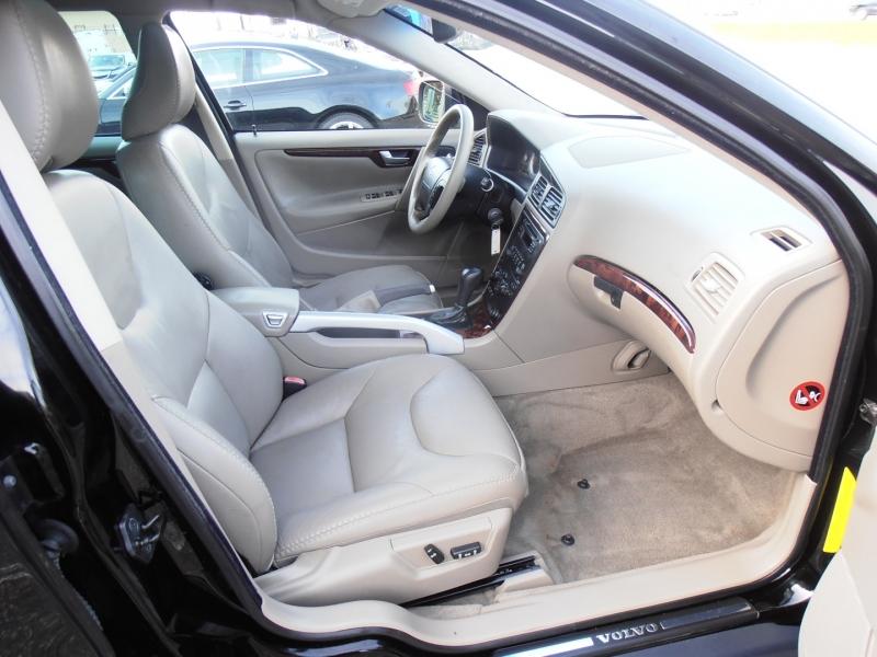 Volvo XC 70 2007 price $5,798