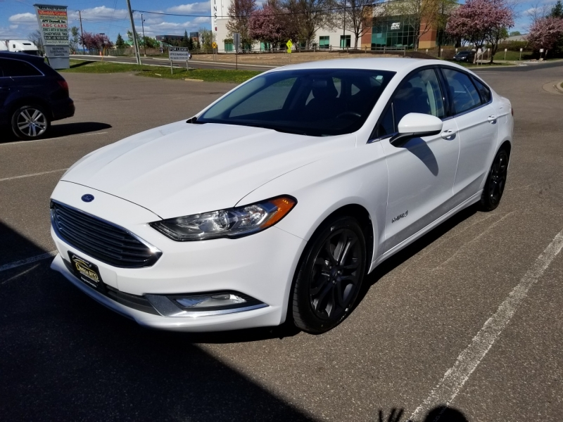 Ford Fusion 2018 price $16,998