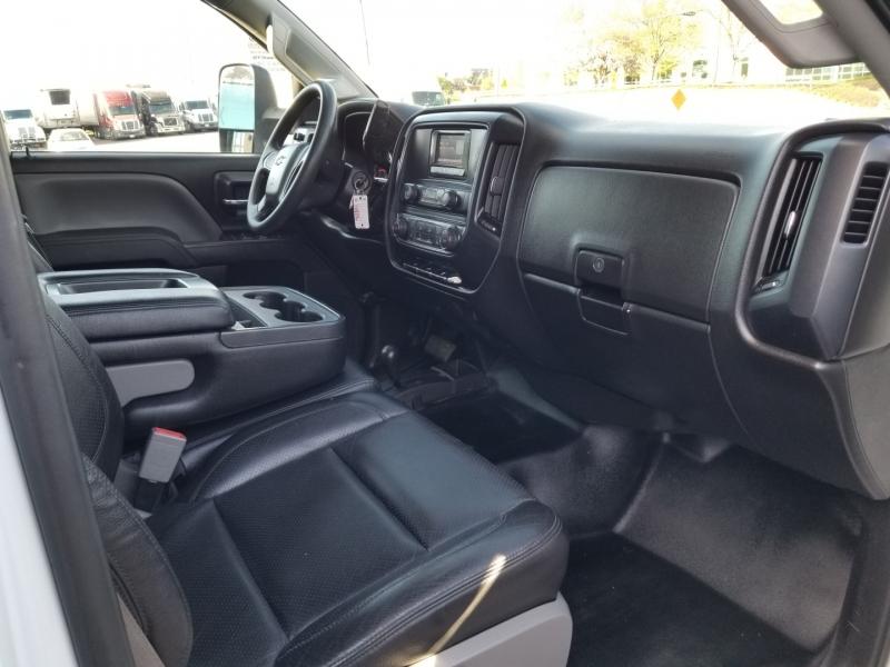 Chevrolet Silverado 2500HD 2015 price $34,998