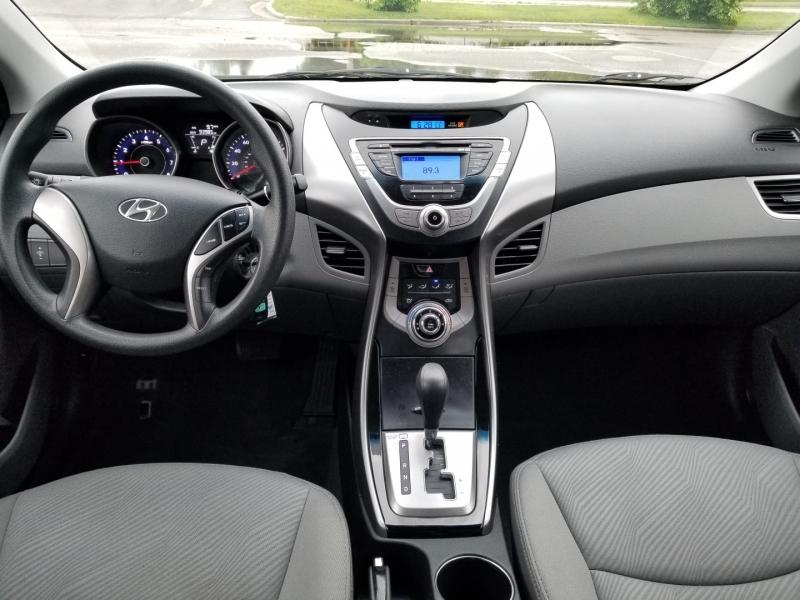 Hyundai Elantra 2013 price $8,998