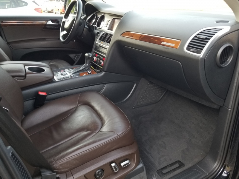 Audi Q7 2015 price $23,900