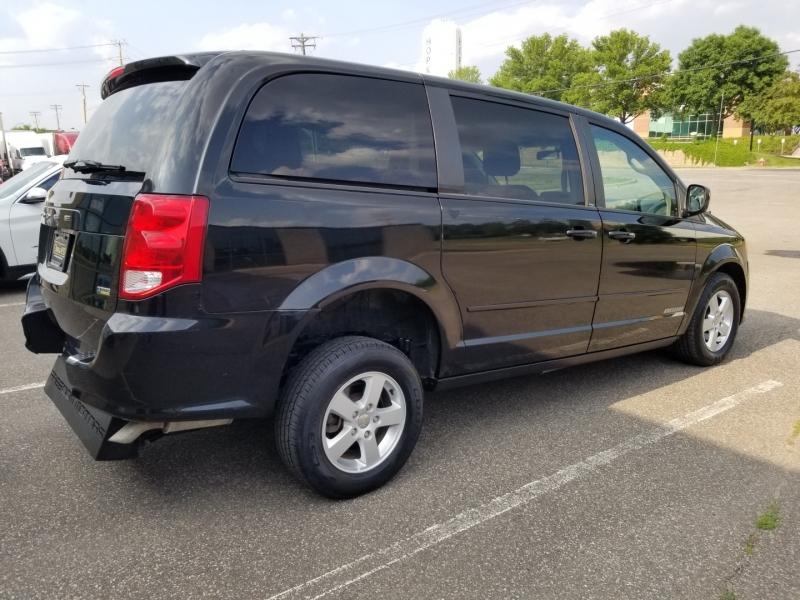 Dodge Grand Caravan 2013 price $12,998