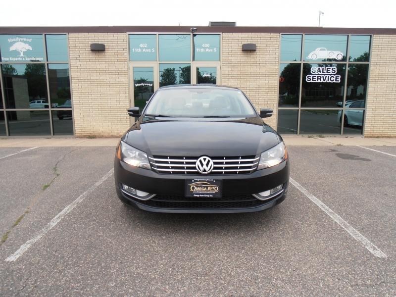 Volkswagen Passat 2015 price $15,998