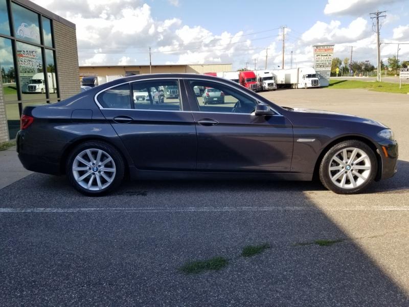 BMW 5-Series 2015 price $19,998