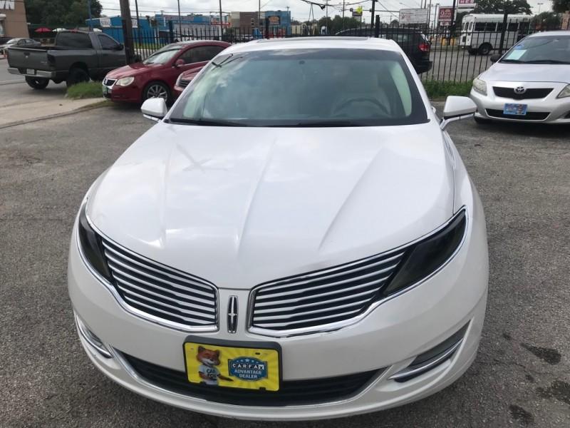 Lincoln MKZ 2013 price $12,988