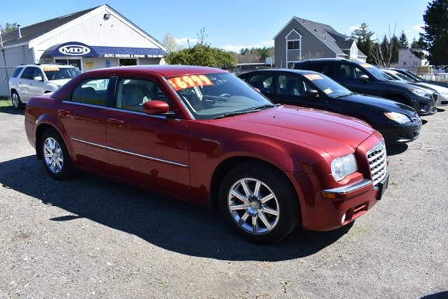 Chrysler 300 2008 price $6,999