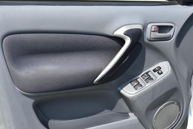 Toyota RAV4 2003 price $5,500