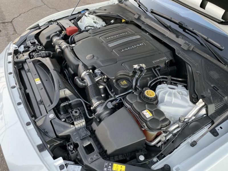 Jaguar XE 2017 price $18,500