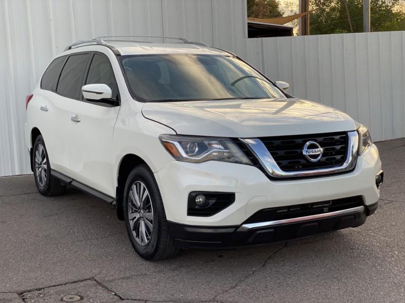 Nissan Pathfinder 2018 price $16,999